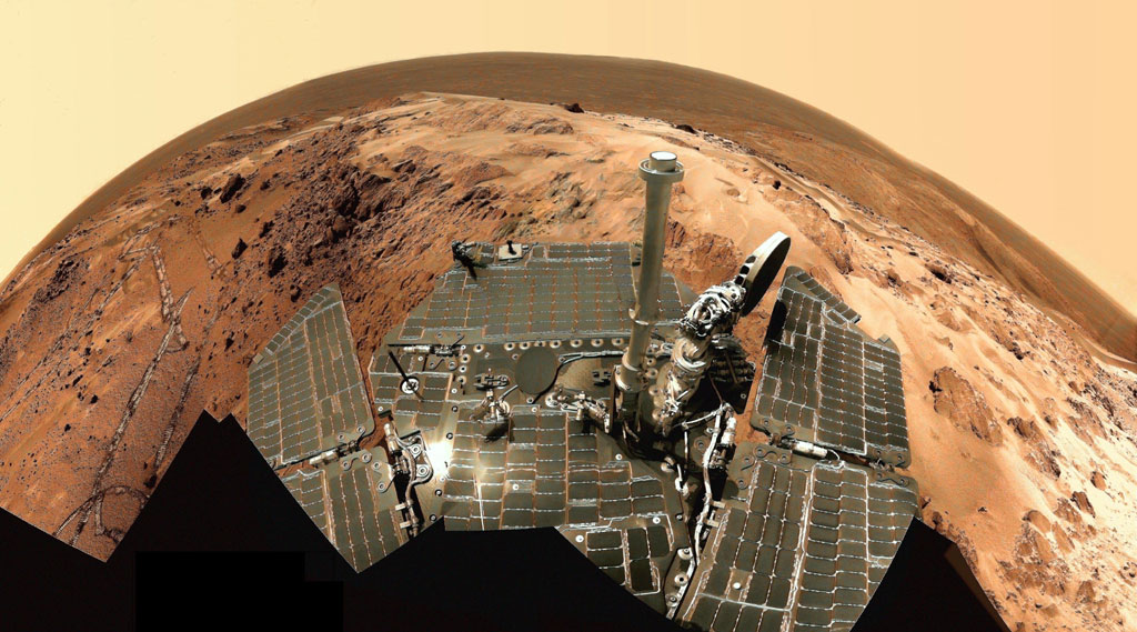 Вид внутри кратера Гусева на Марсе